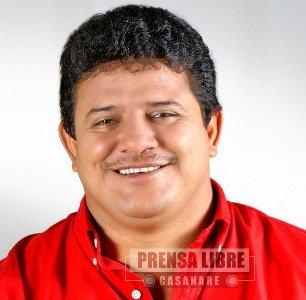 JUGANDO FUTBOL EL ALCALDE DE YOPAL WILLMAN CELEMÍN SE ROMPIÓ UNA PIERNA. INCAPACITADO UN MES