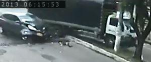 CÁMARA DE VIDEO REGISTRÓ IMPRESIONANTE ACCIDENTE EN EL CENTRO DE YOPAL