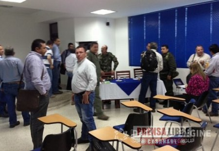 COMITÉ DE SEGURIDAD PETROLERA SE REALIZÓ EN EL GRUPO AÉREO DEL CASANARE