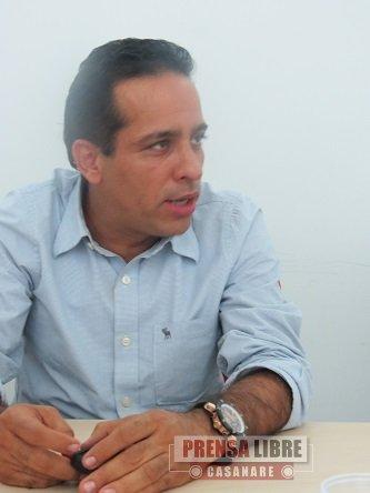"""LAS PETROLERAS """"NO PUEDEN HACER LO QUE SE LES DA LA GANA"""": SENADOR ALEXANDER LÓPEZ"""