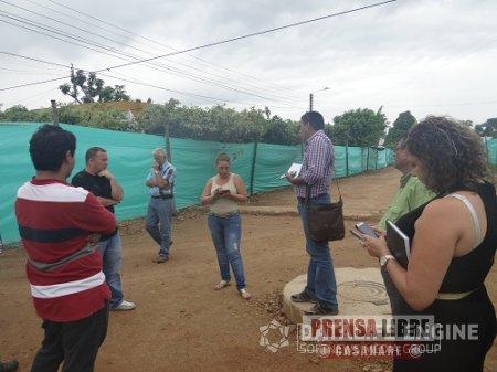 CONTRATISTA UNIÓN VIAL TRINIDAD NADA QUE ARRANCA OBRA DE PAVIMENTACIÓN