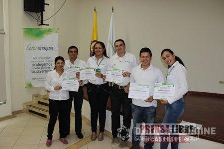 FUNCIONARIOS DE CORPORINOQUIA SE CERTIFICARON EN EL DIPLOMADO GESTIÓN INTEGRAL DE LA BIODIVERSIDAD