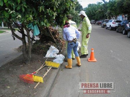 OPERADORES DEL SERVICIO DE ASEO EN YOPAL SE DIVIDIERON  EL  COMPONENTE DE BARRIDO
