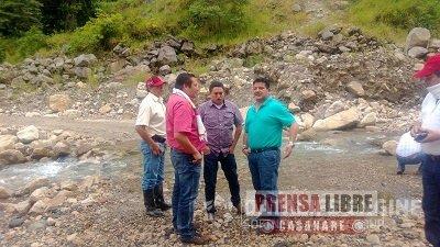 ALCALDES DE LABRANZAGRANDE Y YOPAL VISITARON SITIO DONDE SE CONSTRUIRÁ PUENTE QUE CONSOLIDARÁ  VÍA HACIA EL SECTOR