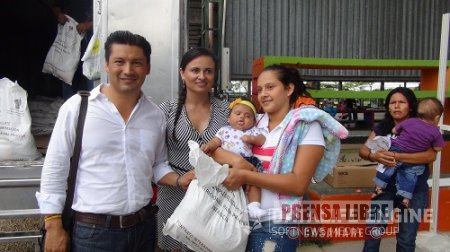 SEGUNDA ENTREGA DE PAQUETES NUTRICIONALES HOY EN AGUAZUL