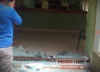 APEDREADA LA REGISTRADURÍA, EL PALACIO MUNICIPAL Y EL CENTRO DE CONVIVENCIA DE PAZ DE ARIPORO DURANTE DISTURBIOS