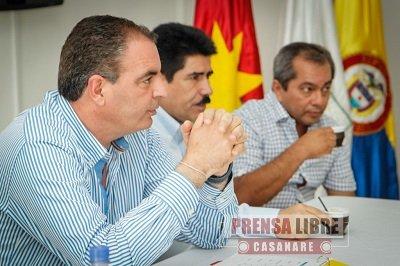 PRODUCTIVA VISITA DE MININTERIOR AURELIO IRAGORRI A CASANARE