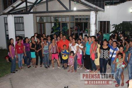 MUJERES DE YOPAL ELABORARON 12 MIL REGALOS QUE LA ALCALDÍA ENTREGARÁ A NIÑOS EN NAVIDAD