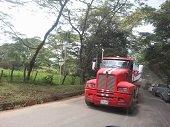 Entregar en concesión vías secundarias del departamento es utópico, para gremio camionero