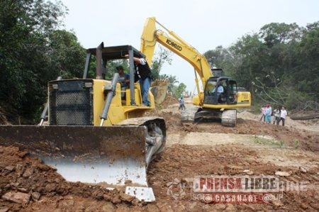 Maquinaria amarilla para Paz de Ariporo en convenio con petroleras