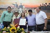 Trabajo de la diputada Elizabeth Cutha en la lucha contra la drogadicción fue reconocido en la Asamblea