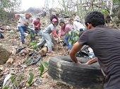 Unitropistas reutilizarán llantas y sembrarán árboles hoy para celebrar el Día de la Tierra