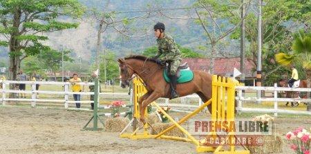 Ejército realizó concurso nacional ecuestre en Yopal
